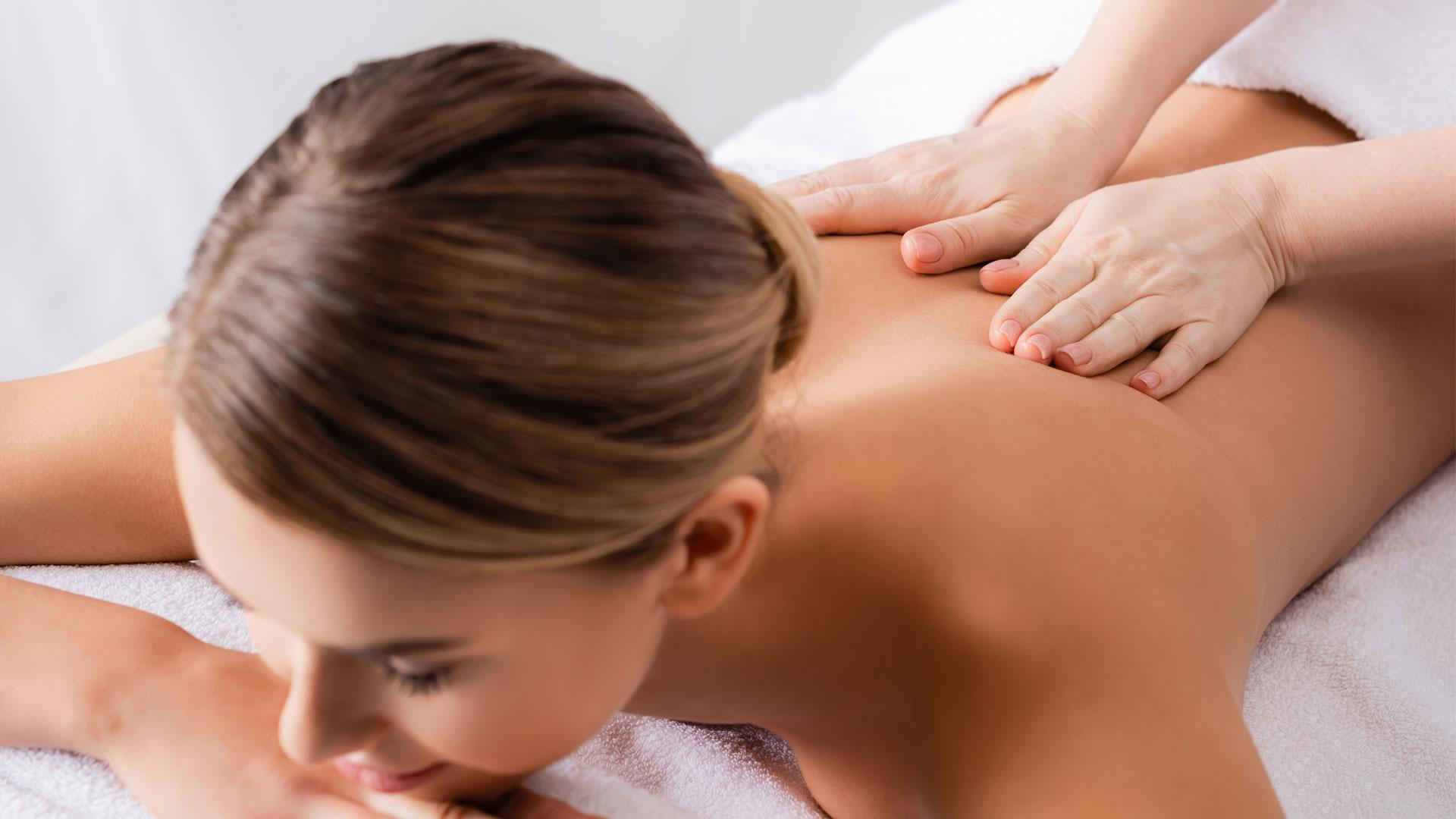 L!fe Health Club Massagen gegen Schmerzen