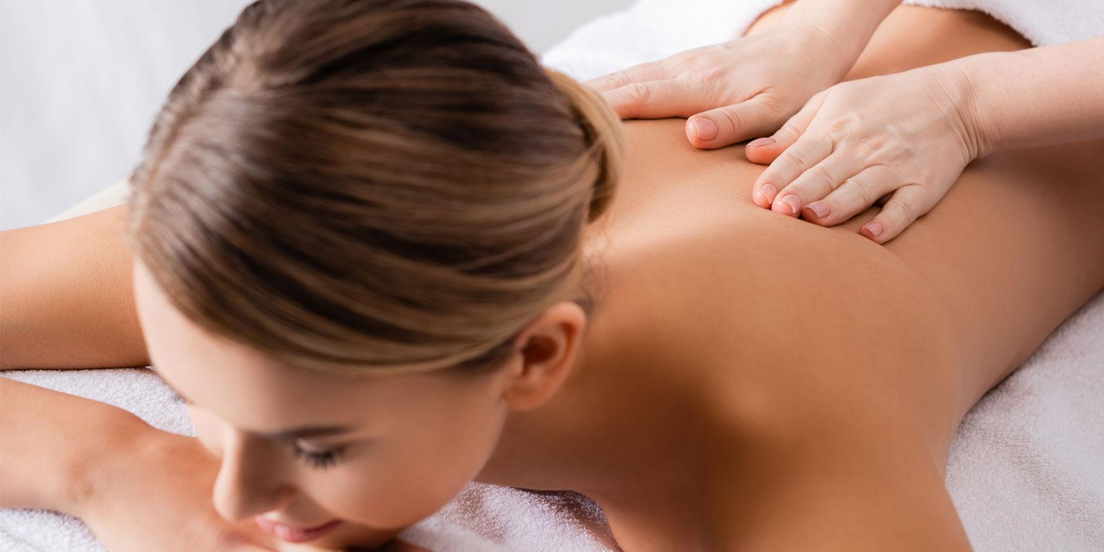 Entspannende Auszeit bei einer Massage